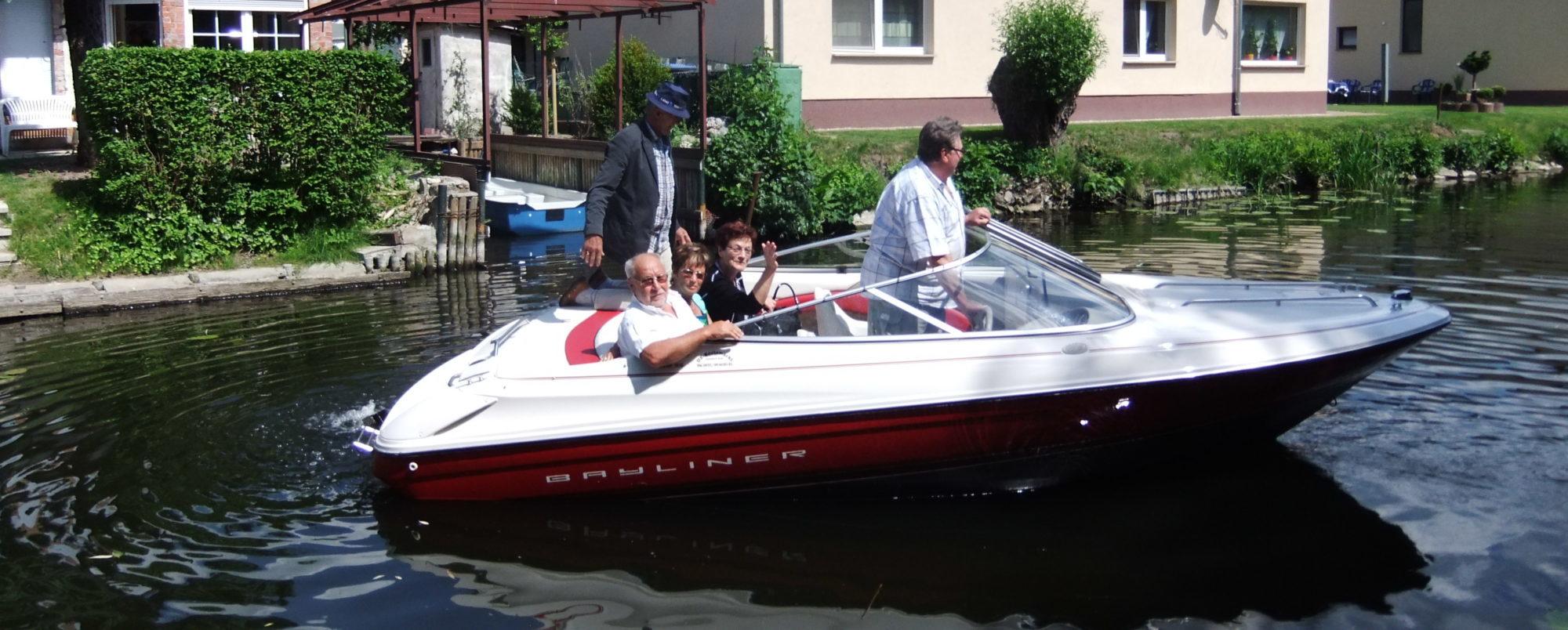 Bootsausflug mit Pensionsgästen der Pension Havelidylle in Ketzin